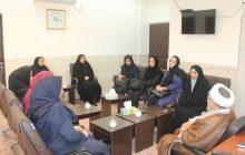 ملاقات جمعی از بانوان سازمان منطقه آزاد قشم با امام جمعه شهرستان