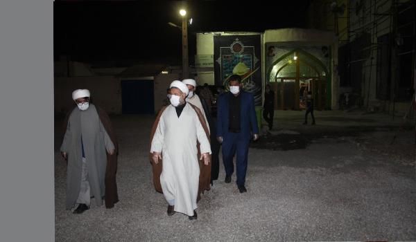 عکس|بازدید امام جمعه شهرستان قشم از مساجد در سومین شب از لیالی قدر